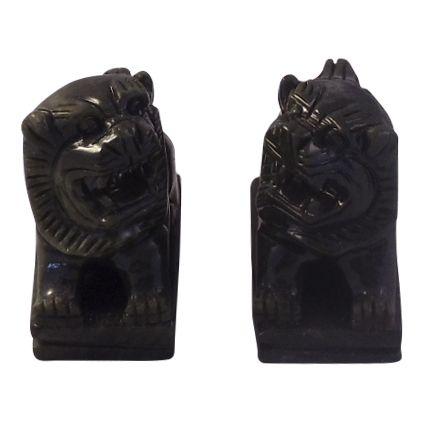 jade-sm-temple-lions